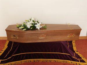 Rustic Oak Flat Lid Veneer Coffin